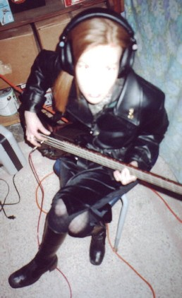 The Countess lays down bass tracks.